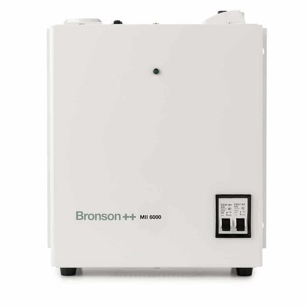 Bronson MII Pro isolation transformer side with power switch