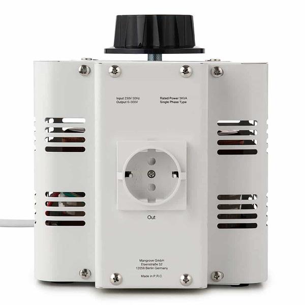 Bronson VC variable transformer backside with EU socket output